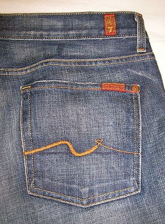 05c68f3be32 The signature logo is found on bootcut jeans, low-rise jeans, straight leg,  boycut, wide leg, Jagger, Colette, Roxanne and others.